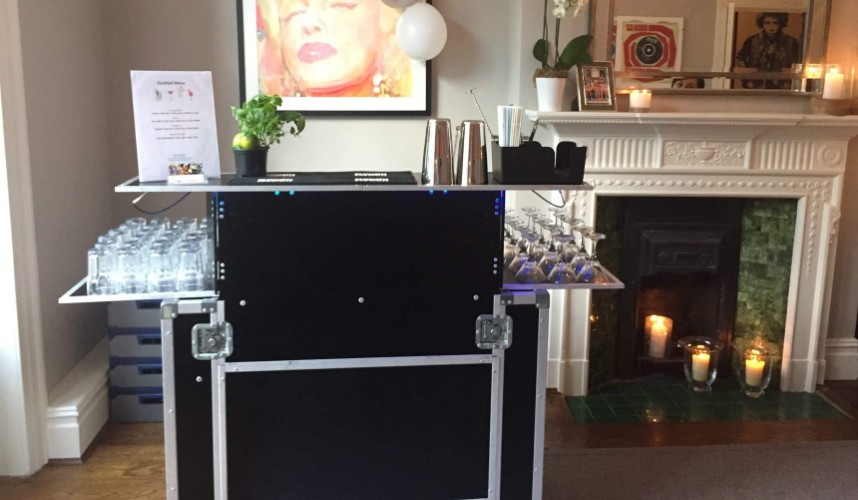 hire a cocktails bar at home