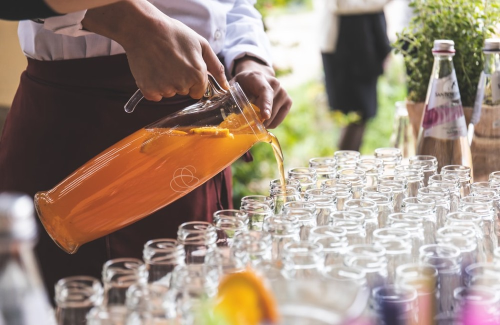 hire a cocktail bar for parties