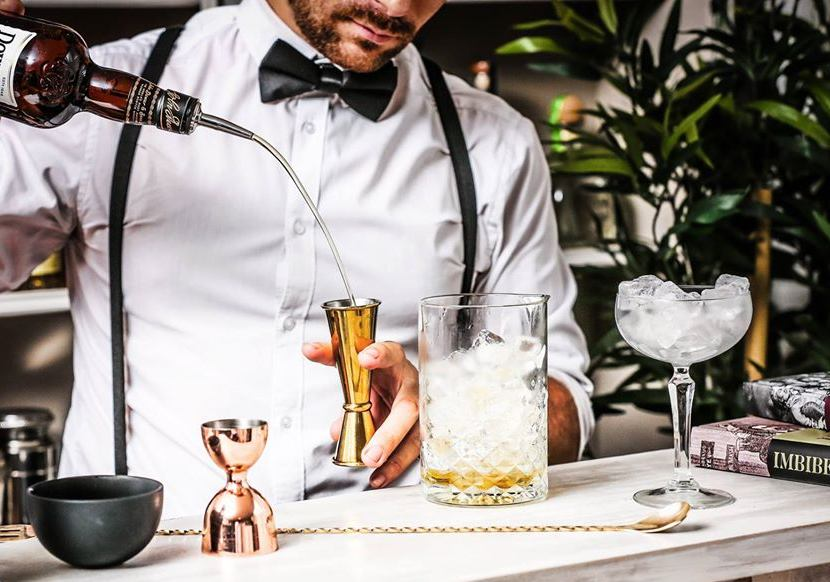 hire cocktail bartenders